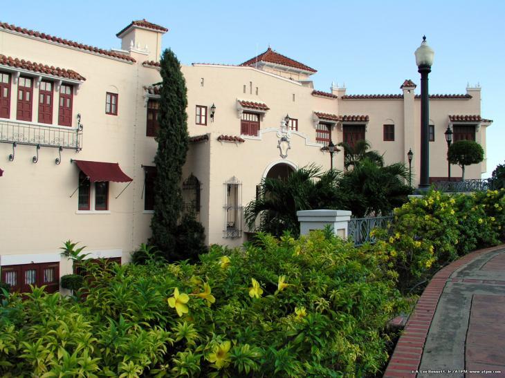 Museo castillo serrales ponce puerto rico - Hoteles en ponce puerto rico ...